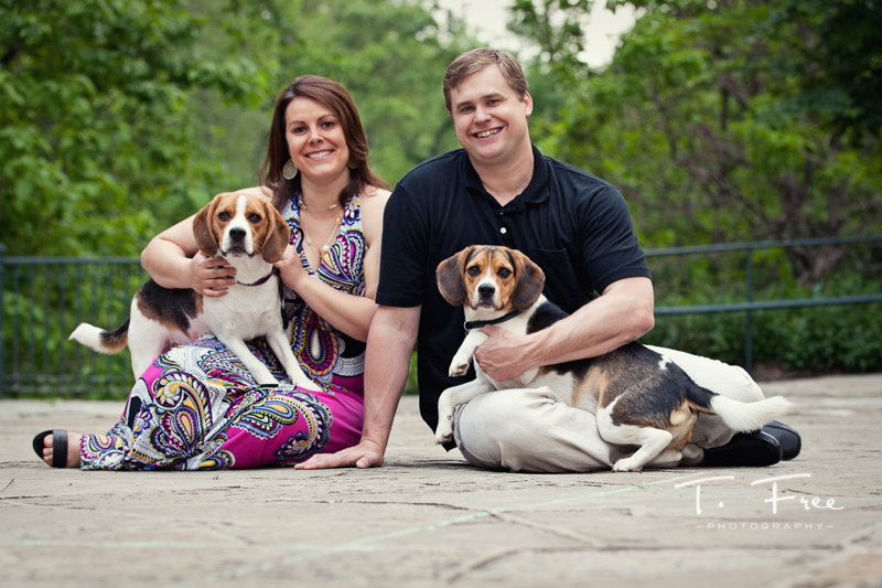 Beautiful outdoor engagement pictures at elmwood park with dogs.