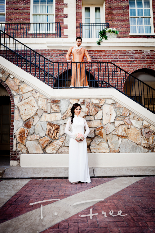 Very cool and unique wedding photography at the Omaha Magnolia Hotel.