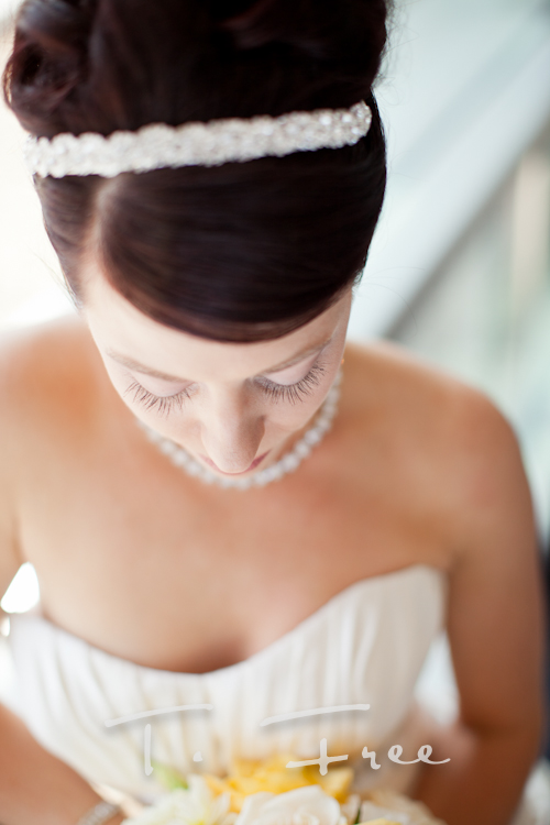 Gorgeous close up image of the bride on her wedding day in Omaha.