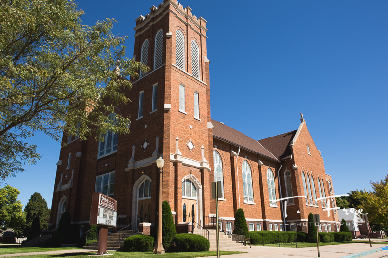 Exterior photo of Bethel Lutheran church in Holdrege Nebraska.