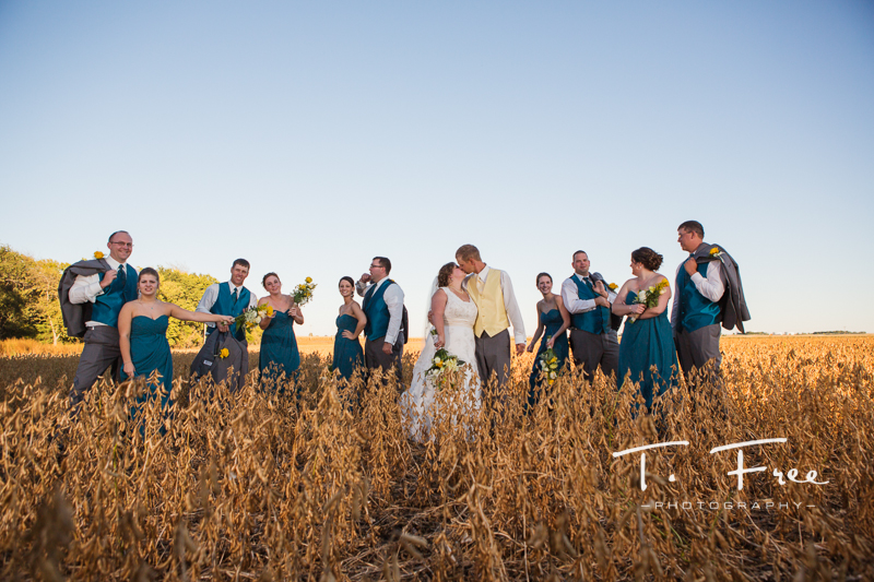 Creative outdoor nebraska wedding party.