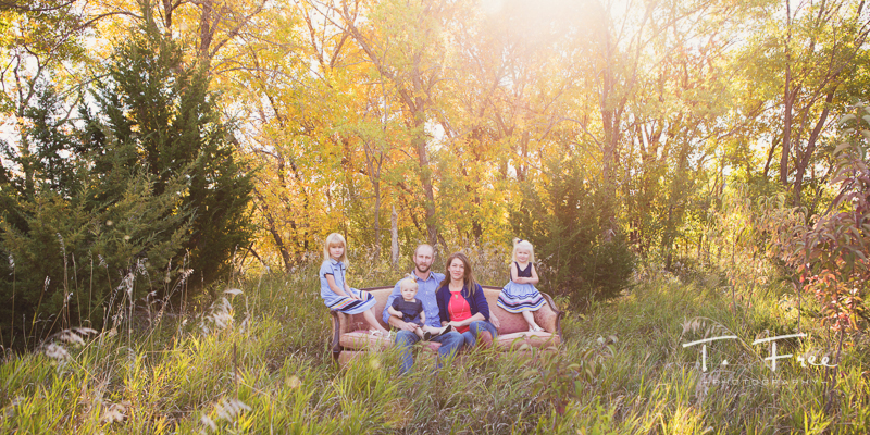 Modern family portrait in west Omaha with fall color.
