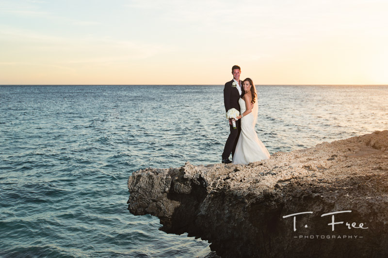 Curaçao destination wedding photographers.