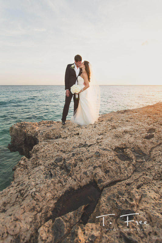 Destination wedding photographer at Curaçao wedding
