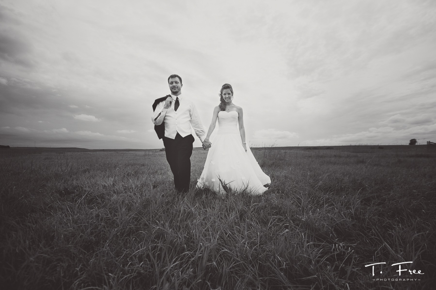 Nebraska bride and groom outdoor black and white